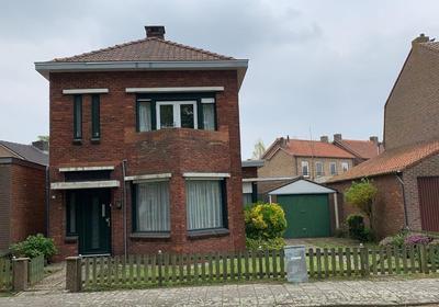 Poelstraat 27 in Sas Van Gent 4551 BP