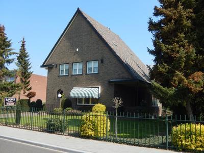 Raadhuisstraat 60 in Urmond 6129 CE