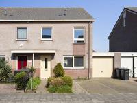Volendamstraat 13 in Lelystad 8244 DT