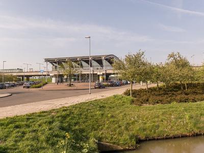 Ring 385 in Pernis Rotterdam 3195 XH