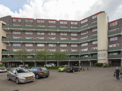 Dr. Albert Schweitzerdreef 53 in Maassluis 3146 AA
