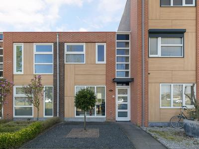 Regenboogven 35 in Veldhoven 5508 RK