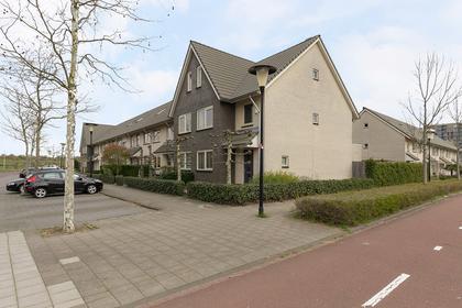 Vrijenburglaan 221 in Barendrecht 2994 HA