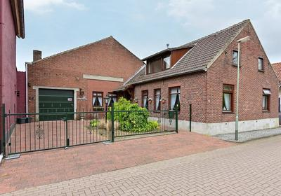 Passtraat 8 in Roosteren 6116 AZ