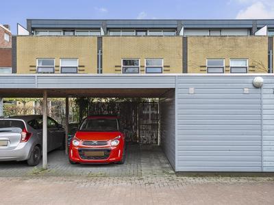 Van Cronenburchstraat 42 in Leeuwarden 8921 AP
