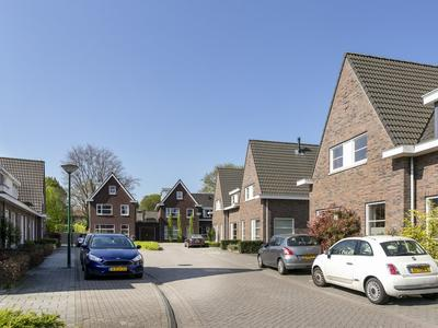 Piet Van Astenstraat 10 in Leende 5595 CD
