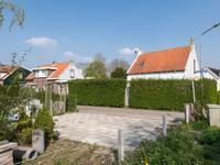 Onwaardsedijk 10 in Dirksland 3247 LG