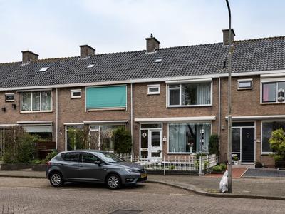 Bizetstraat 70 in Ridderkerk 2983 BD