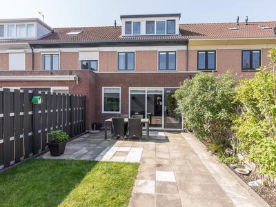 Wagnerlaan 32 in Nieuw-Vennep 2151 GV