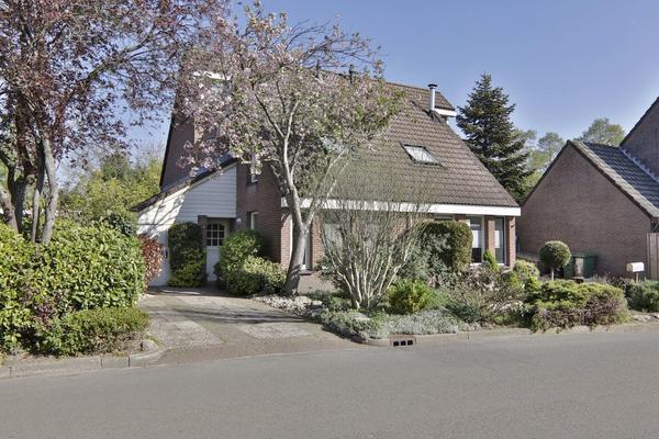 Schuttevaer 30 A in Hoogeveen 7908 DA