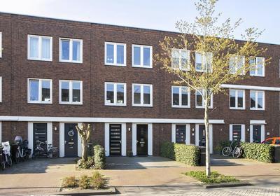 Macbridestraat 22 in Veenendaal 3902 KK