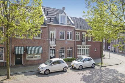 Herenlaan 63 in Helmond 5708 ZR