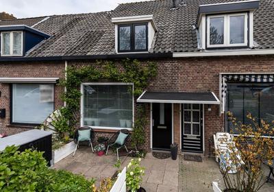 Rijksstraatweg 368 in Ridderkerk 2988 BS