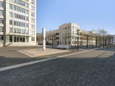 Burgemeester De Monchyplein 317 A in 'S-Gravenhage 2585 DL
