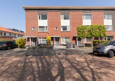 Wout Van Heusdensingel 113 in Rotterdam 3059 TD