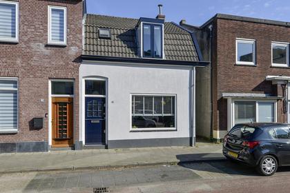 Koningsstraat 168 in Hilversum 1211 NT