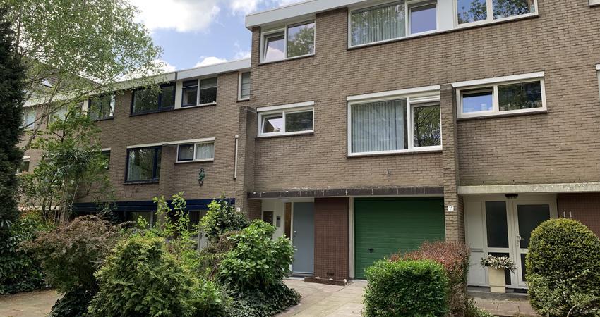 A.M. De Jonglaan 9 in Delft 2624 LB