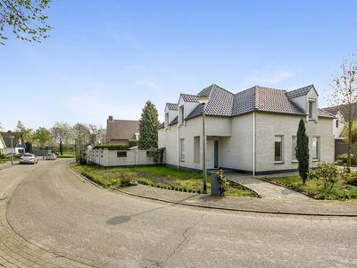 Havikhorst 16 in Roermond 6043 RM