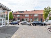 Lariksstraat 6 in IJmuiden 1971 JR