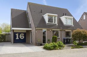 Adriaan Van Ostadestraat 16 in Tiel 4003 KV