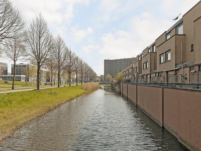 Salignahout 4 in Zoetermeer 2719 KG