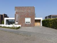 Boterbloem 9 in Zevenbergen 4761 WL