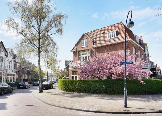 Vredenhofstraat 1 in Haarlem 2012 MD
