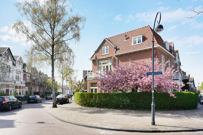 Vredenhofstraat 1 in Haarlem 2012 MD