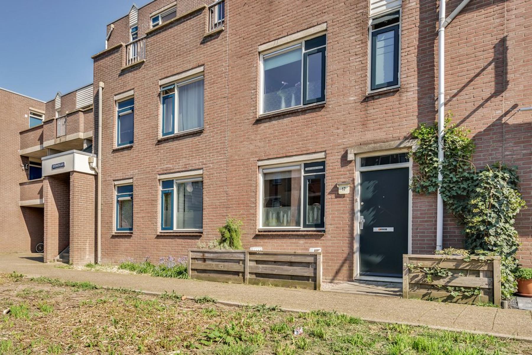 Sperwerlaan 17 in Nieuwegein 3435 GD