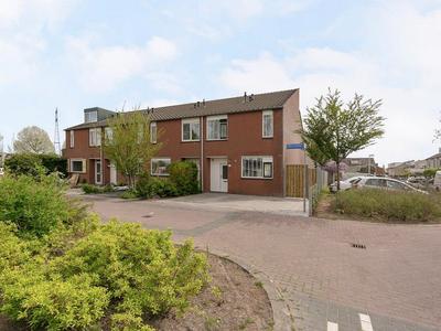 Geelvinkbaai 23 in Capelle Aan Den IJssel 2904 BA