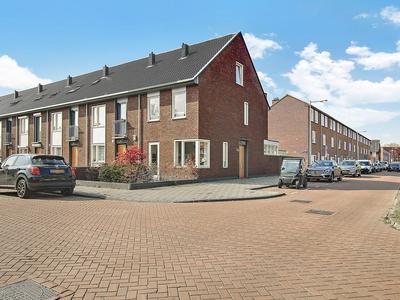 Hoogheemraadweg 52 A in Amsterdam 1069 VN