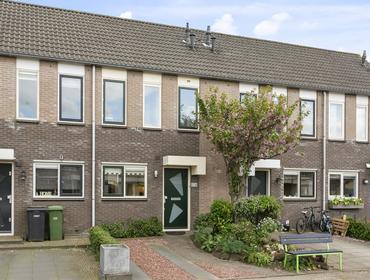 Bottelroosweide 6 in Woerden 3448 ZA