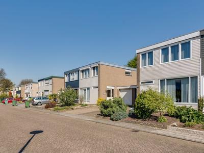 Cornelis De Houtmanstraat 53 in Roermond 6045 HN