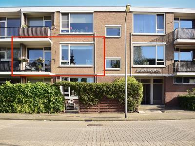 Pieter De Hoochstraat 28 in Ridderkerk 2981 CP
