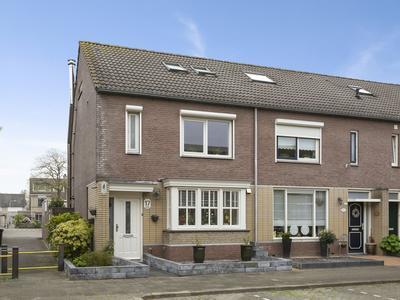 Hoogkarspelstraat 17 in Tilburg 5045 BH