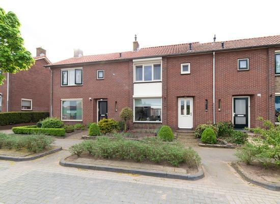 Beatrixstraat 31 in Rijssen 7462 GL