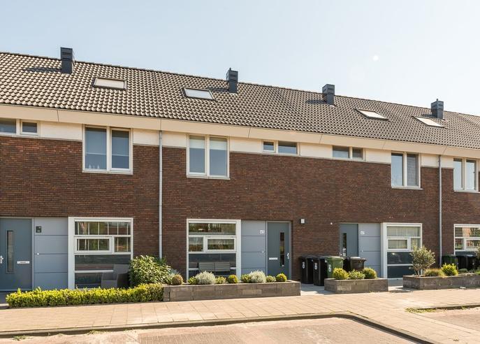 Professor Holwerdalaan 65 in Naaldwijk 2672 LD