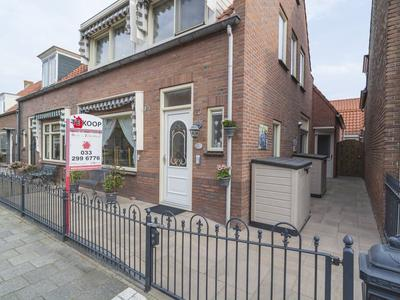 Prins Bernhardstraat 23 in Bunschoten-Spakenburg 3751 CL