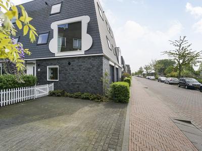 Moestuinlaan 37 in Amsterdam 1036 KD