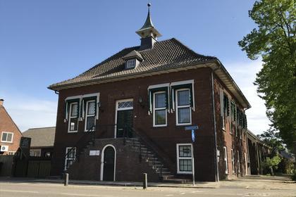 Raadhuisplein 9 in Heeswijk-Dinther 5473 GC