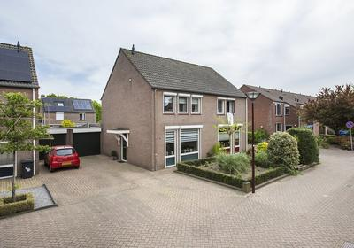 Moerasbos 16 in Oudenbosch 4731 WG