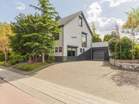 Dijkstraat 18 in Roelofarendsveen 2371 VG