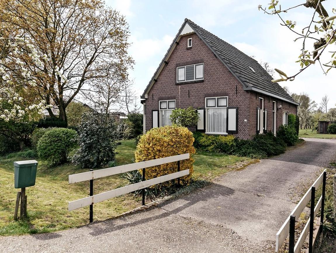 Valburgsestraat 19 in Slijk-Ewijk 6677 PC