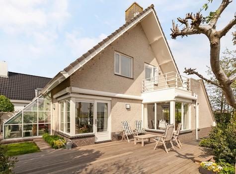 Fransche Brug 29 in Roelofarendsveen 2371 BG