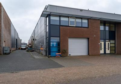 Nijverheidstraat 33 in Wijk En Aalburg 4261 TK
