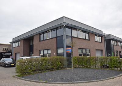 Nijverheidstraat 35 in Wijk En Aalburg 4261 TK