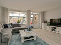 Bernsteinstraat 77 in Capelle Aan Den IJssel 2901 JH