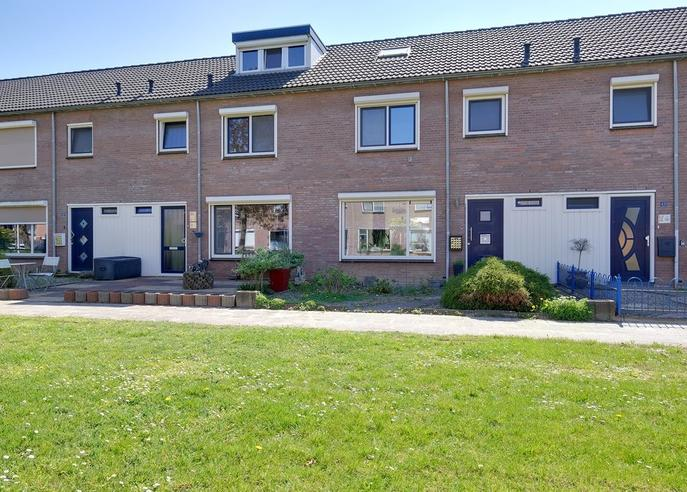 Anjerstraat 41 in Lobith 6915 SL