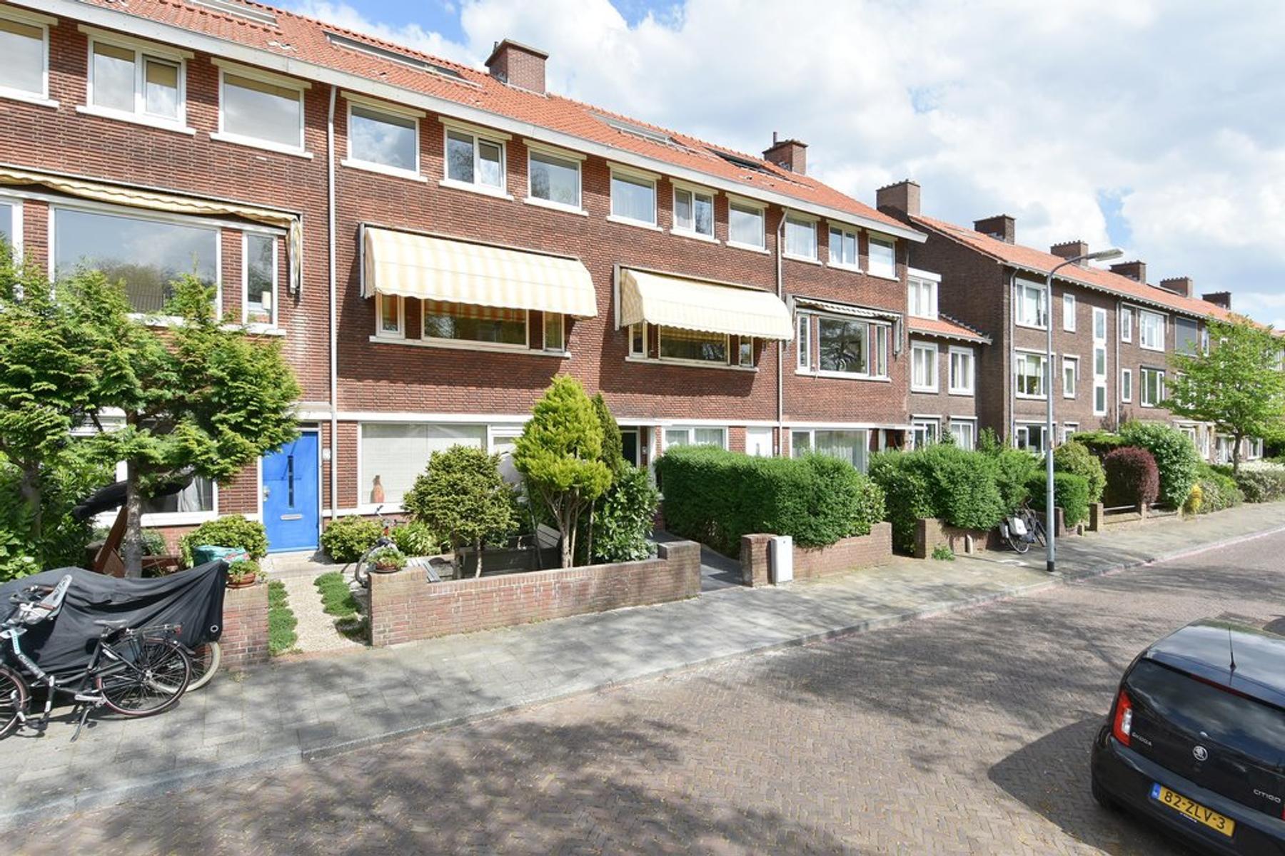 Staringkade 24 in Voorburg 2273 RP