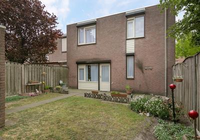 Peelhof 103 in Helmond 5709 BS